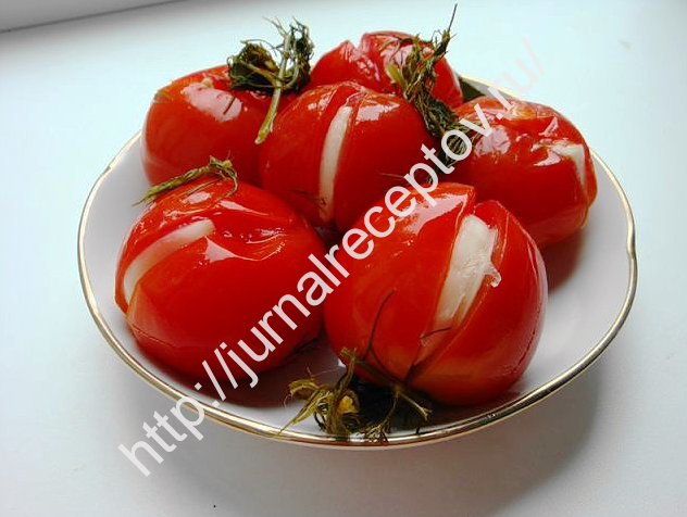 malosolinie pomidori foto