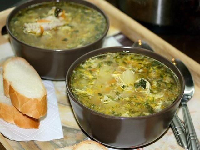 Этот Куриный суп мы заказывали везде в Болгарии. Невероятно вкусно.