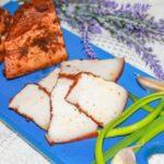 Ароматное сало Простое и доступное приготовление ароматной и вкусной закуски.