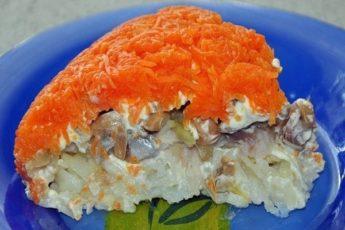 Самый популярный салат в кафе и ресторанах – ВЕЛИКОЛЕПНЫЙ САЛАТ «ЛИСЬЯ ШУБКА» С СЕЛЕДКОЙ