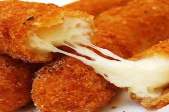 Как пожарить сырные палочки на сковороде